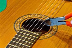 cut guitar strings